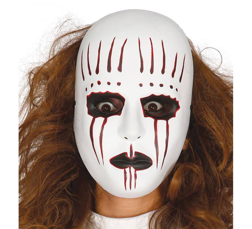 La máscara para la piel combinada para el estrechamiento de los tiempos sobre la persona